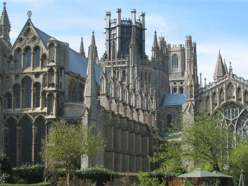 Ely for Shopping or Sightseeing